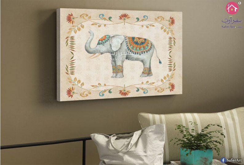 فيل مودرن رمادى مرسوم بطريقه جذابه يرتدى بعض المشغولات اليدويه
