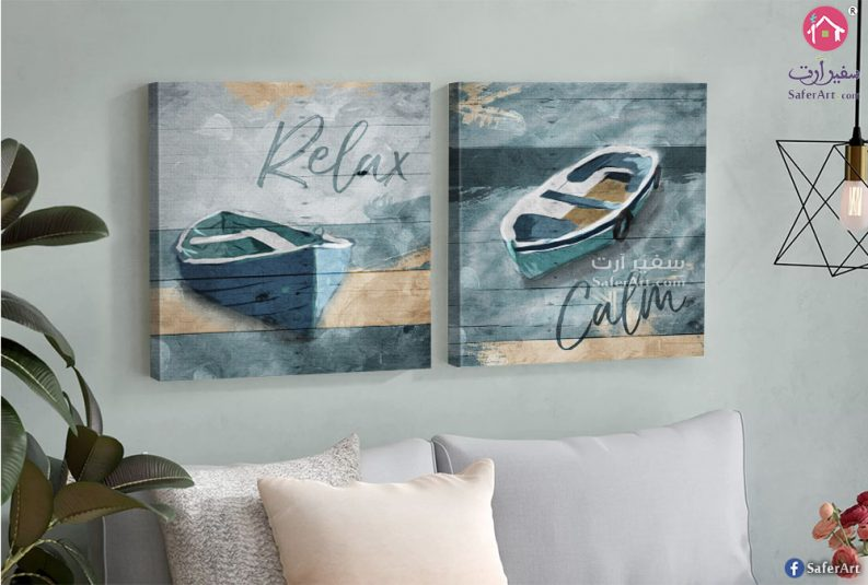 تابلوه مودن قارب ساكن داخل المياه