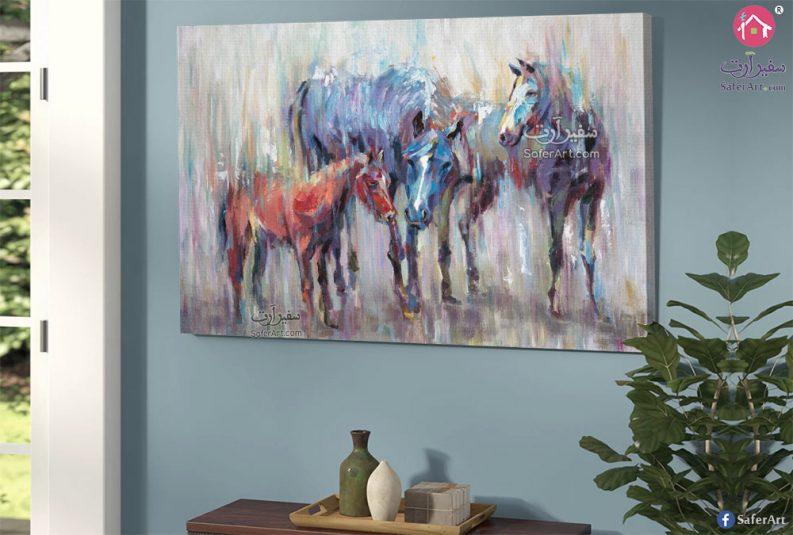 لوحات فنيه مجموعه خيول مرسومه باللون الازرق والبنى