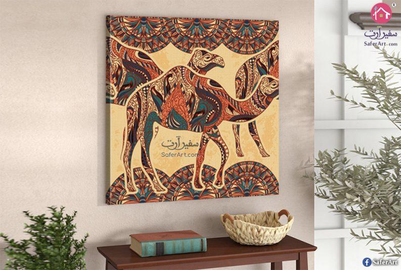 تابلوه مودرن مصمم بطريقه جذابه لرسومات جمال باللون البنى